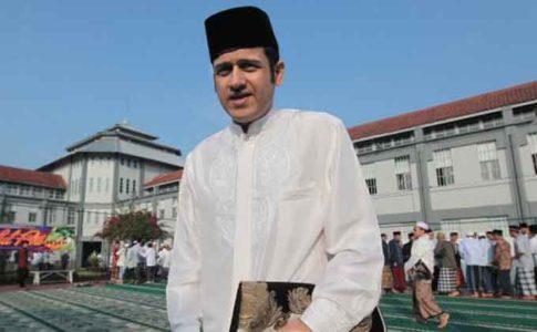 Nazaruddin usai mengikuti sholat Idul fitri 1434 H bersama narapidana lainnya di Lapas Kelas 1 Suka Miskin, Bandung beberapa Kamis (8/813) lalu. (Foto Tribun Jabar/Gani Kurniawan)