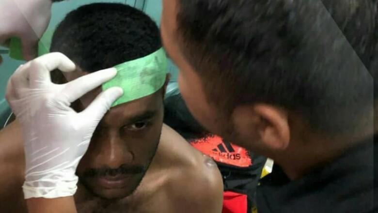 Bek Sriwijaya FC Dipukul Oknum Panpel di Piala Gubernur Kaltim