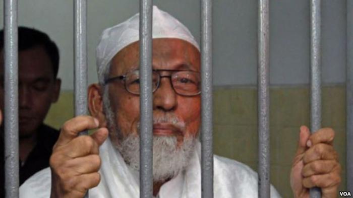 "Wiranto Keberatan Abu Bakar Ba'asyir Jalani Tahanan Rumah; ""Karena Intervensi Menlu Australia?"""