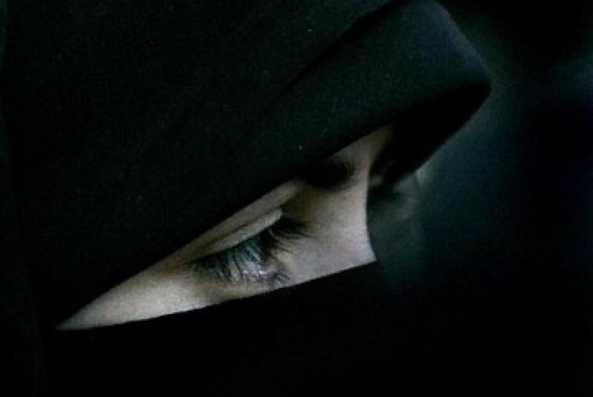 Ketua MUI: Islam Bolehkan Cadar, Mengapa UIN Malah Larang