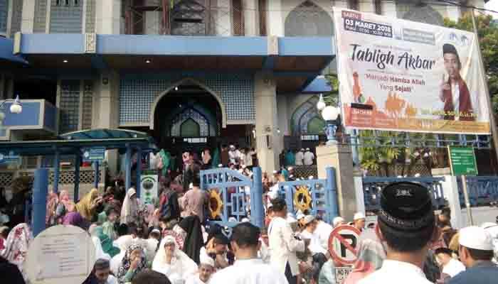 Ribuan Jamaah Padati Pengajian Ustad Abdul Somad di Masjid Al Azhar