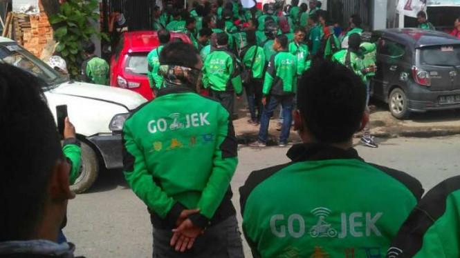 """Hari Ini, 15 Ribu Driver Ojek Online """"Aksi 234"""" di Gedung DPR-MPR"""