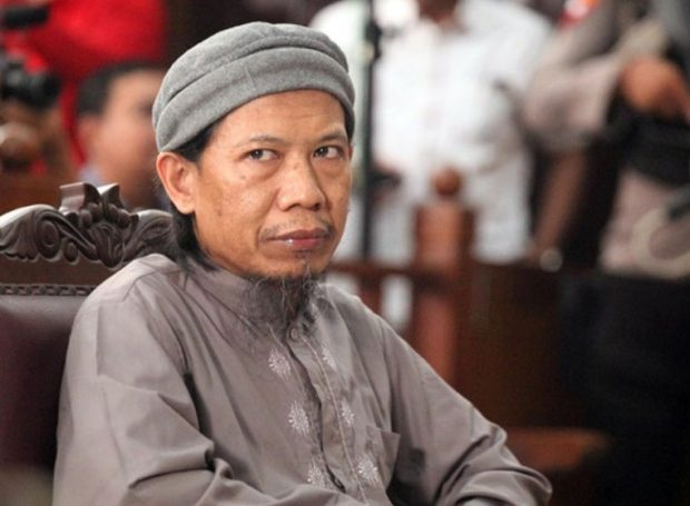 Bacakan Pledoi, Aman Abdurrahman Bantah Keterlibatan Pengeboman Gereja Oikumene di Samarinda