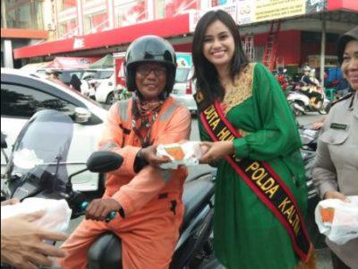 Jelang HUT Bhayangkara ke 72, Bid Humas Polda Kaltim Berbagi Kebahagiaan