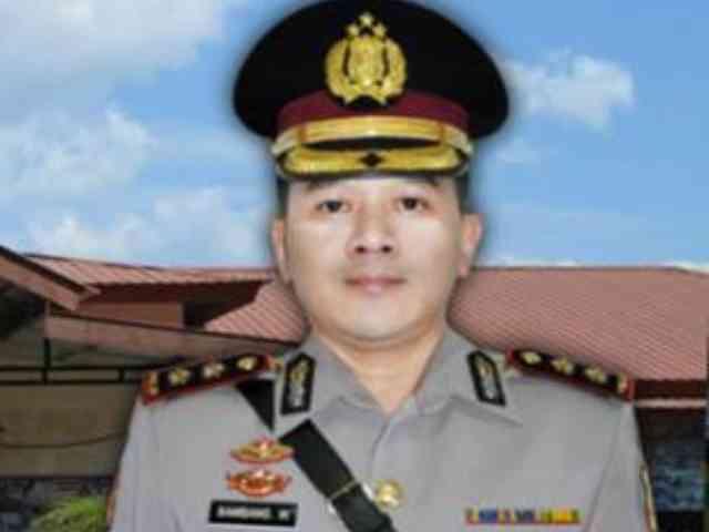 AKBP Bambang Wijanarko, Kapolres Dicopot Usai Ajak Makan Malam Stafnya