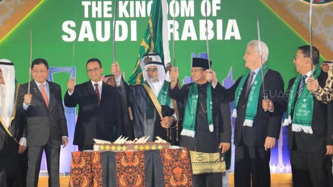 Tari Pedang Khas Arab Saudi, Prabowo Bantah Dapat Dukungan 2019