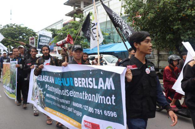 Tuntutan DSKS : Putuskan Hubungan Diplomatik RI dengan China!