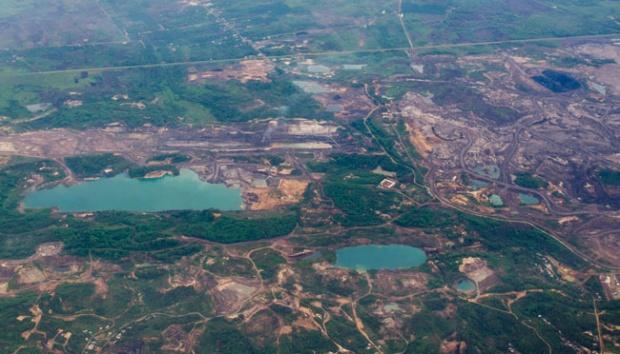 Benarkah pemerintahan Jokowi telah menyelesaikan lubang-lubang tambang yang belum direklamasi?