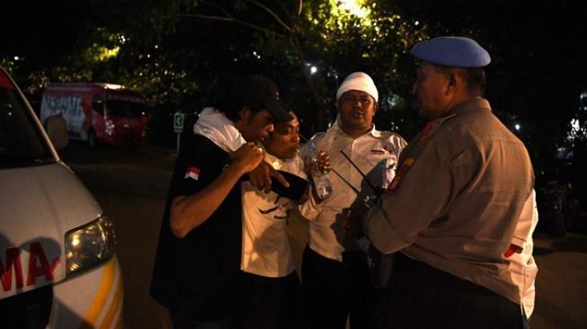 Ledakan di Parkit Senayan Dekat Arena Debat Pilpres, 1 Orang Dipapah