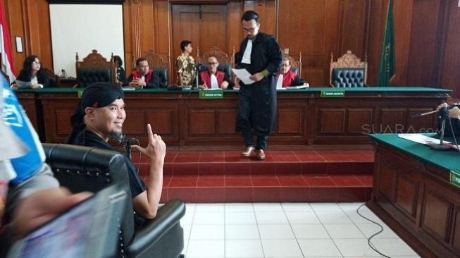 Bocoran Isi Nota Pembelaan Ahmad Dhani di Sidang Ujaran Idiot Besok