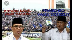 "Heboh! Ribuan Bobotoh Persib Teriak ""Prabowo"" saat Ridwan Kamil Masuk Stadion, Apakah ini ""Suara Perlawanan dari Bawah""?"