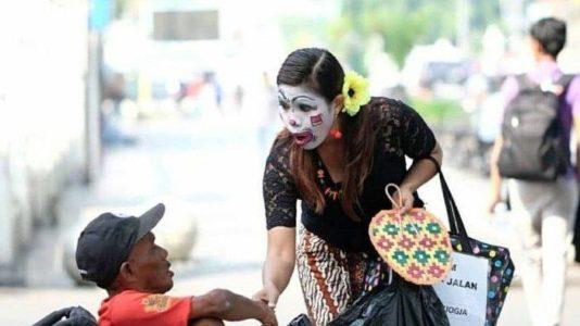 """Made Dyah Agustina, """"Jadi Inem""""  Sebagai Bentuk Terima Kasih Kepada Yogyakarta"""