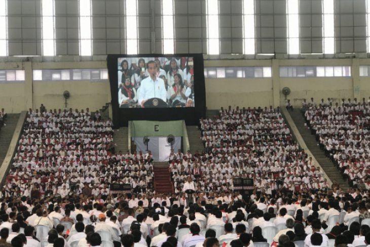 Minggu Ini Jokowi Janji Jawab Keinginan THL Pertanian untuk Jadi ASN
