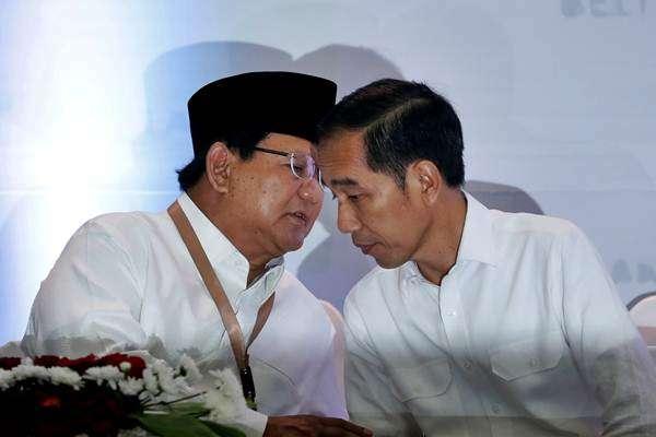 Pendukung Prabowo & Jokowi Bertemu di Jl. Magelang, Ada Lemparan Batu & Tembakan Peringatan