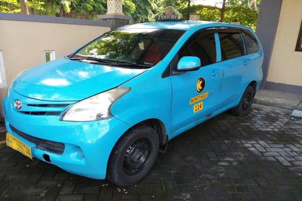 Sopir Taksi Dirampok di Solo Baru, Leher Dijerat Tangan Disayang Pakai Cutter