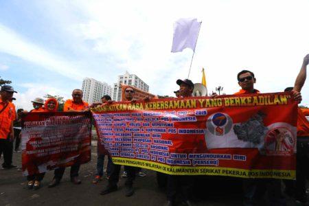 Tunda Gaji Karyawan, Serikat Pekerja Pos Indonesia Bakal Laporkan Direksi ke Presiden dan DPR