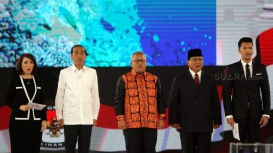 Soal Pertahanan Keamanan Indonesia,  Prabowo : Masih Lemah, Jokowi : Sudah Kuat Penjagaannya