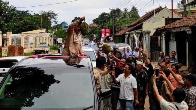 Takut Alun-alun Pandeglang Rusak, Helikopter Prabowo Dilarang Mendarat