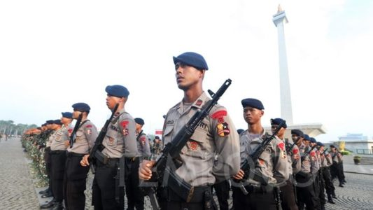 Polri Telusuri Percakapan WA Anggotanya untuk Menangkan Jokowi