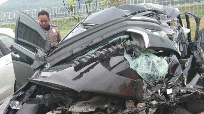 Kecelakaan Bupati Demak Tewaskan Ajudan, Begini Kronologinya