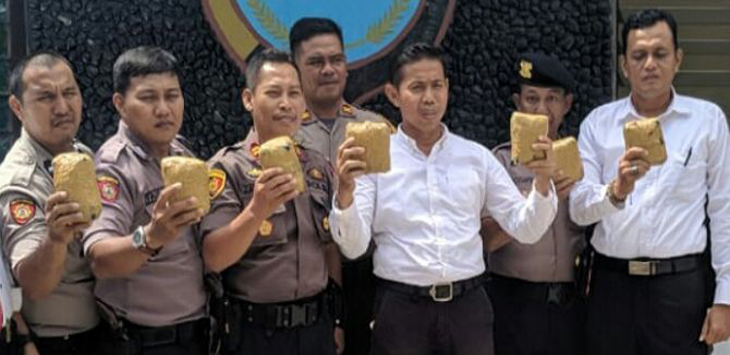 Waduh, Polisi Sidrap Sudah Rilis Sabu 7 Kg, Eh Ternyata Batu Tawas, Informasi dari Polisi Nunukan