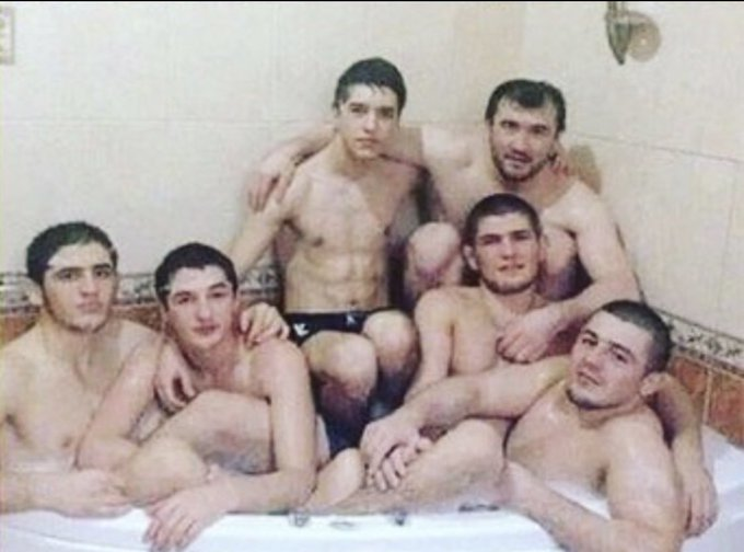 Promosikan Diri,  Lama Tak Tampil di UFC Nate Diaz Unggah Foto Lecehkan Khabib Nurmagomedov