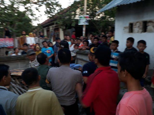 Guru Ngaji Di Lombok Timur Dilempari Warga, Perkosa Murid di Musala