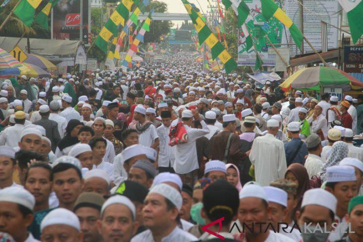Berniat Ingin Hadir, Prabowo Batal Hadir Ke Haul ke 14 Haul Abah Guru Sekumpul