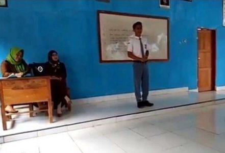 Viral Video Pidato di Depan Kelas, Isi Materi yang Disampaikan Siswa SMA ini Bikin Kagum