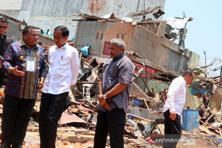 Presiden Joko Widodo Kunjungi Lokasi Bom Sibolga