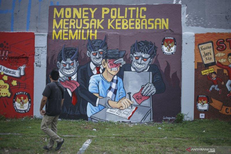 Foto-foto, Pesan Pemilu Lewat Mural