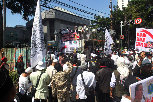 Diterima Pimpinan DPRD DKI, Pendemo Bacakan 4 Tuntutan Soal Saham Bir