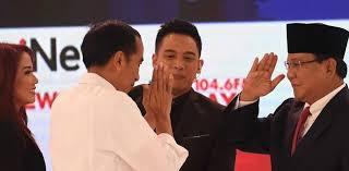 "Prabowo Berpeluang ""Depak"" Jokowi Dari Istana"
