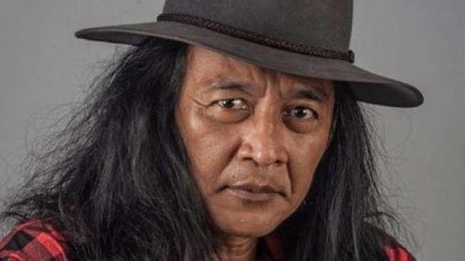 Manfaat Lain dari Wiper Mobil ala Presiden Jancukers, Sujiwo Tejo