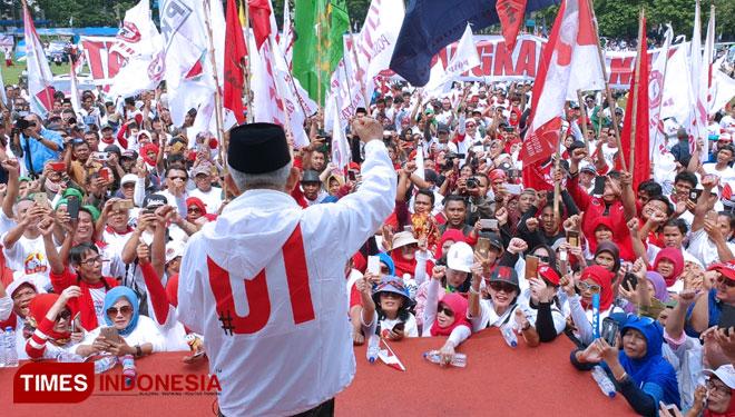 Kampanye di Bogor, KH Ma'ruf Amin Tampil dengan Gaya Milenial
