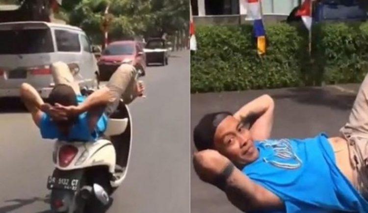 Viral Video Pengendara Motor Matik Nekat Ngegas Pakai Kaki