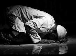 Umar bin Khattab dan Kualitas Sholat yang Receh