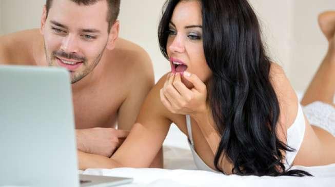 Bisa Rusak Rumah Tangga, 5 Hal dalam Film Porno Ini Jangan Ditiru Ya!