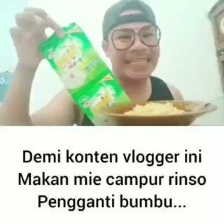Demi Kontennya Viral, Vlogger Nekat Makan Mie Instan Campur Rinso Sebagai Bumbu