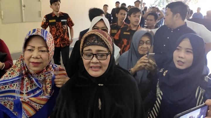 Ibunda Faisal Amir Merasakan Kesedihan yang Sama Seperti Keluarga Akbar dan Maulanar Alamsyah
