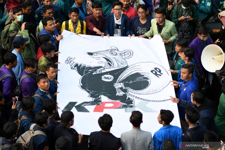FOTO Unjuk Rasa Mahasiswa ; Wahai Presiden, Keluarkan Perppu KPK