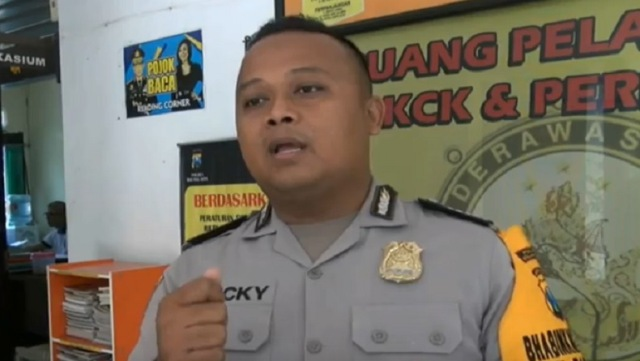 Viral Polisi Gagalkan Percobaan Bunuh Diri Mahasiswa di Malang