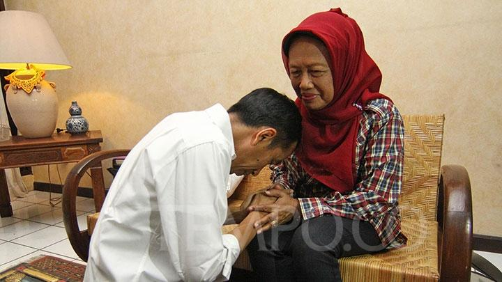Ibunda Presiden Jokowi Meninggal Dunia di Rumah Sakit DKT Solo