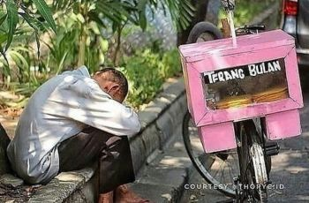 Rektor ITB Ahmad Dahlan: Rakyat Butuh Makan, Bukan Darurat Sipil!
