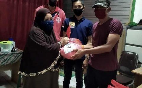 Dinas Perdagangan Unit Pasar Baqa Beri Doorprize Bagi Pedagang dan Pembeli Disiplin Pakai Masker