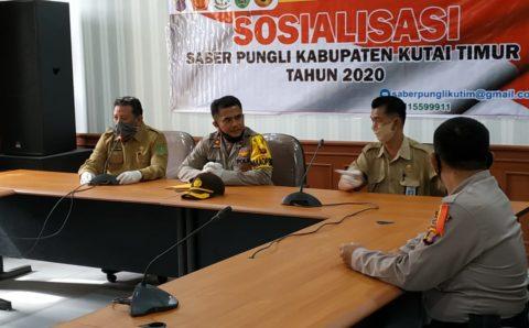 Sosialisasi Saber Pungli di  Disdukcapil  Kutim, Wakapolres Kutim : Jika Menerima Imbalan Itu Pungli