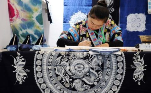 Heboh Media Xinhua Tulis Batik Kerajinan Tradisional China